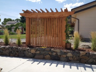 Driveway Wall & Privacy Screen | Richland