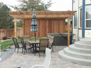 Warm Up or Cool Down In This Amazing Back Yard | Richland